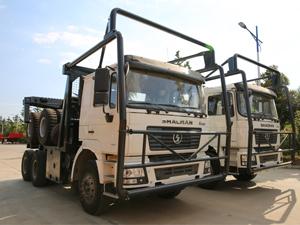 Shacman F2000 6x4 420hp Logging Tractor Truck Trailer