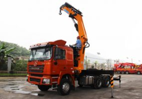 20 Ton Knuckle Crane Truck