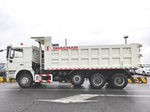 shacman f3000 385HP 8x4 dump truck with lift axle